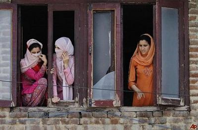 kashmiri women s