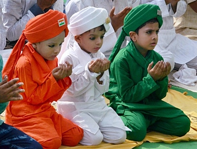 Children-dressed-in-tricolor at-eid-al-adha